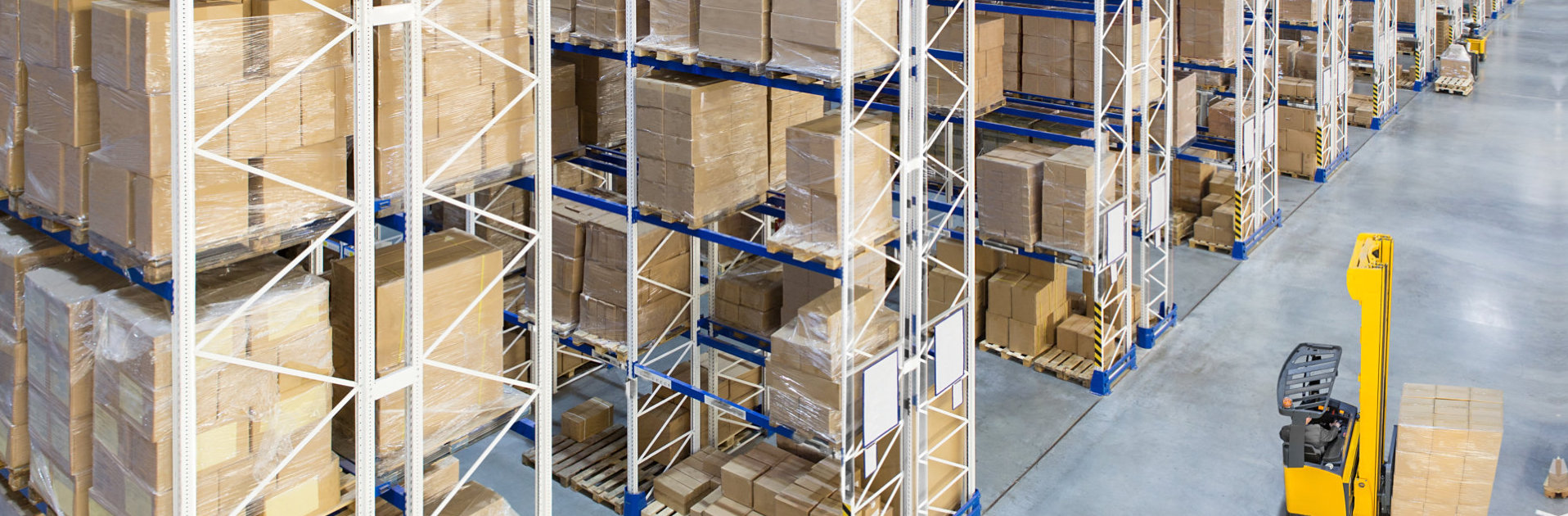 packages inisde warehouse